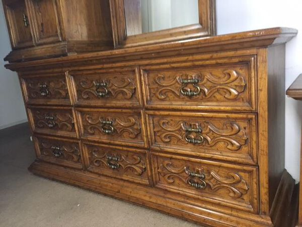 - Dresser Antique Drexel (Furniture) In Surprise, AZ - OfferUp