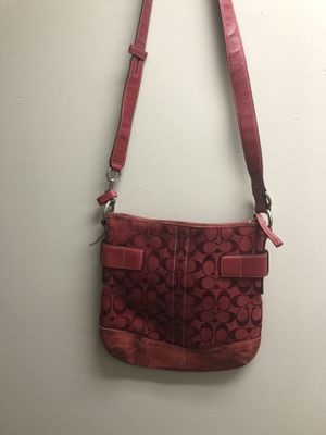 Coach crossbody purse red for Sale in Gerrardstown, WV