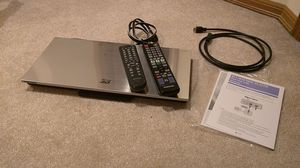 Samsung BD-D6700 3D Blu-Ray player with 2 remotes, HDMI cable for Sale in Renton, WA