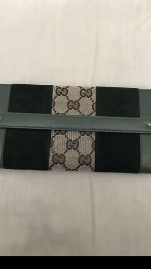 1bcaec3eda New and Used Gucci wallet for Sale in San Fernando, CA - OfferUp