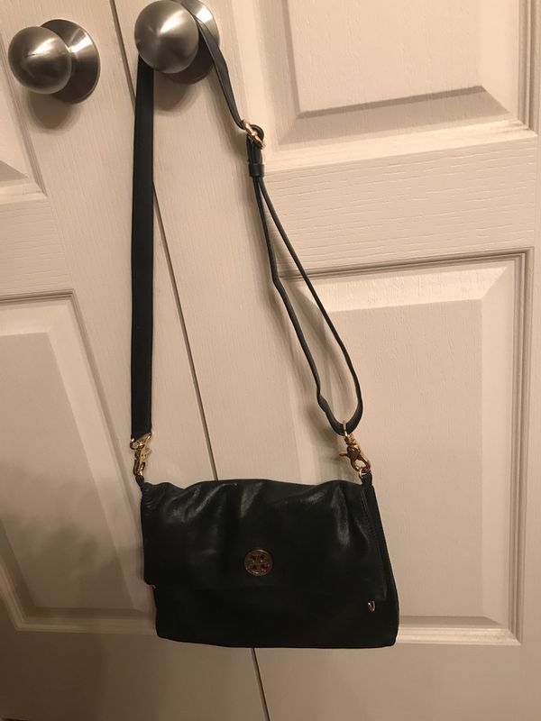 48bc6a798e91 Tory Burch Crossbody for Sale in Houston
