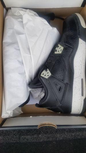 Jordan 4 Retro BG Size 7 for Sale in Springfield, VA