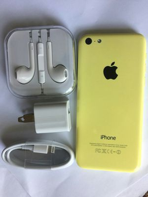 IPhone 5 c , 16GB, UNLOCKED,  Excellent Condition,  Clean IMEI,  No Issues, (Comes with Charger and Headphone) for Sale in VA, US