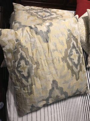 Throw / decorative pillows for Sale in Dallas, TX