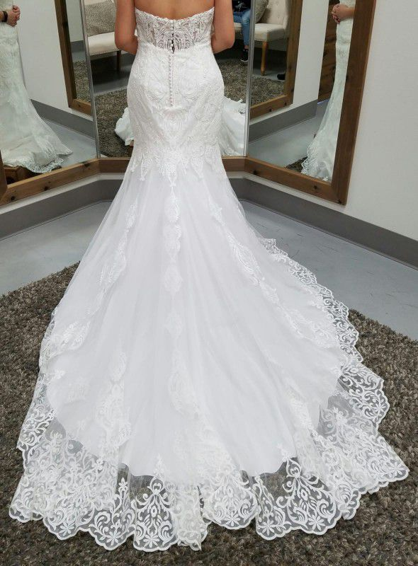 BRAND NEW MAGGIE SOTTERO AUTUMN WEDDING DRESS for Sale in Auburn, WA ...