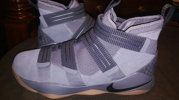bf74f8b4c95f New Mens Nike LeBron James sz 14 for Sale in Jacksonville