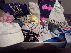 Girls bundle for Sale in Fresno, CA