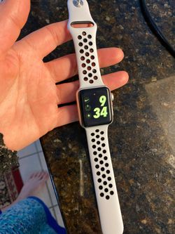 Apple Watch series 3, 38mm gps and cellular Thumbnail