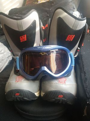 Size 10 men's 51/50 snowboarding boots and Scott snowboarding goggles for Sale in Salt Lake City, UT