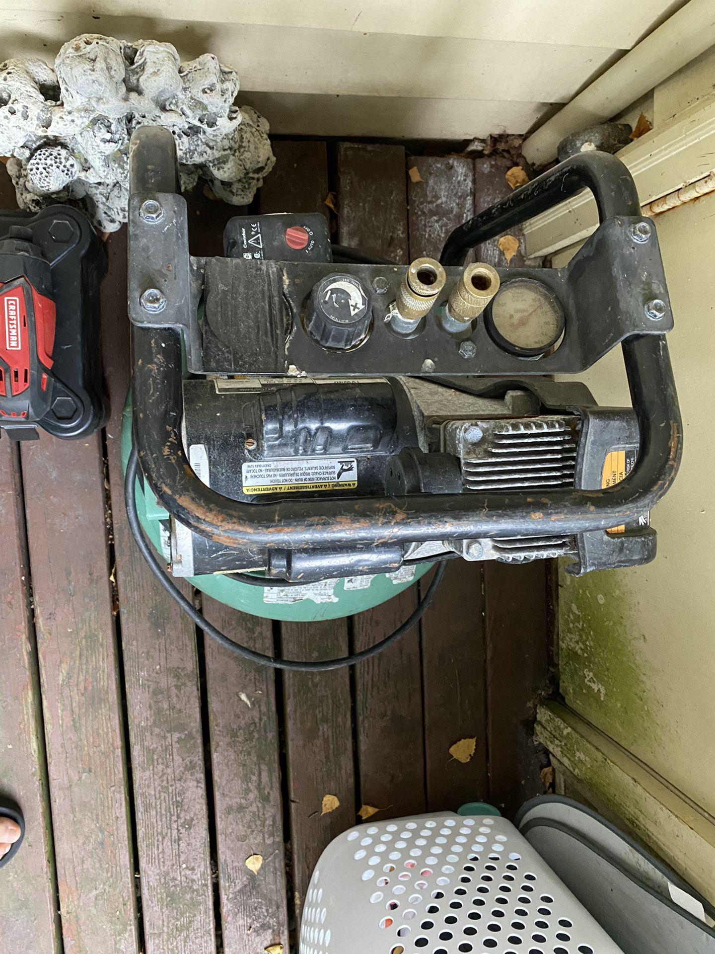 Delco Air Compresor