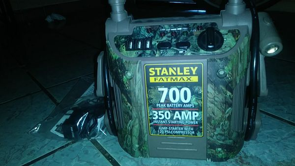 Stanley fatmax 700 battery charger for Sale in Phoenix, AZ - OfferUp