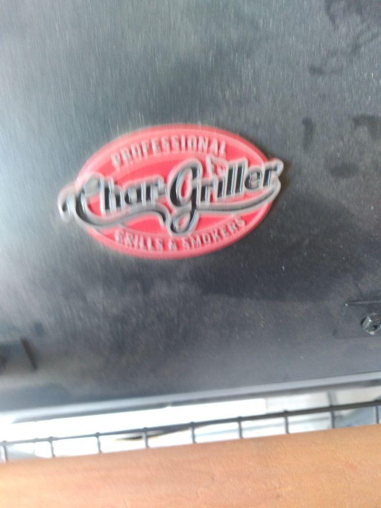 Brand new GRILL/SMOKER
