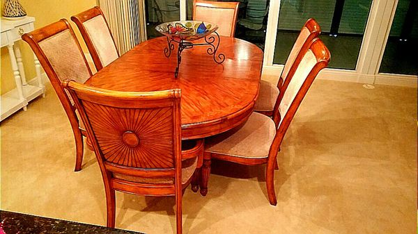 Solid Wood Tommy Bahama Style Dinette Table Six Chairs Like New Pd 3200 00 Now Only 750 Naples Fl
