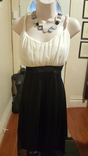 Black and white dress for Sale in Denver, CO