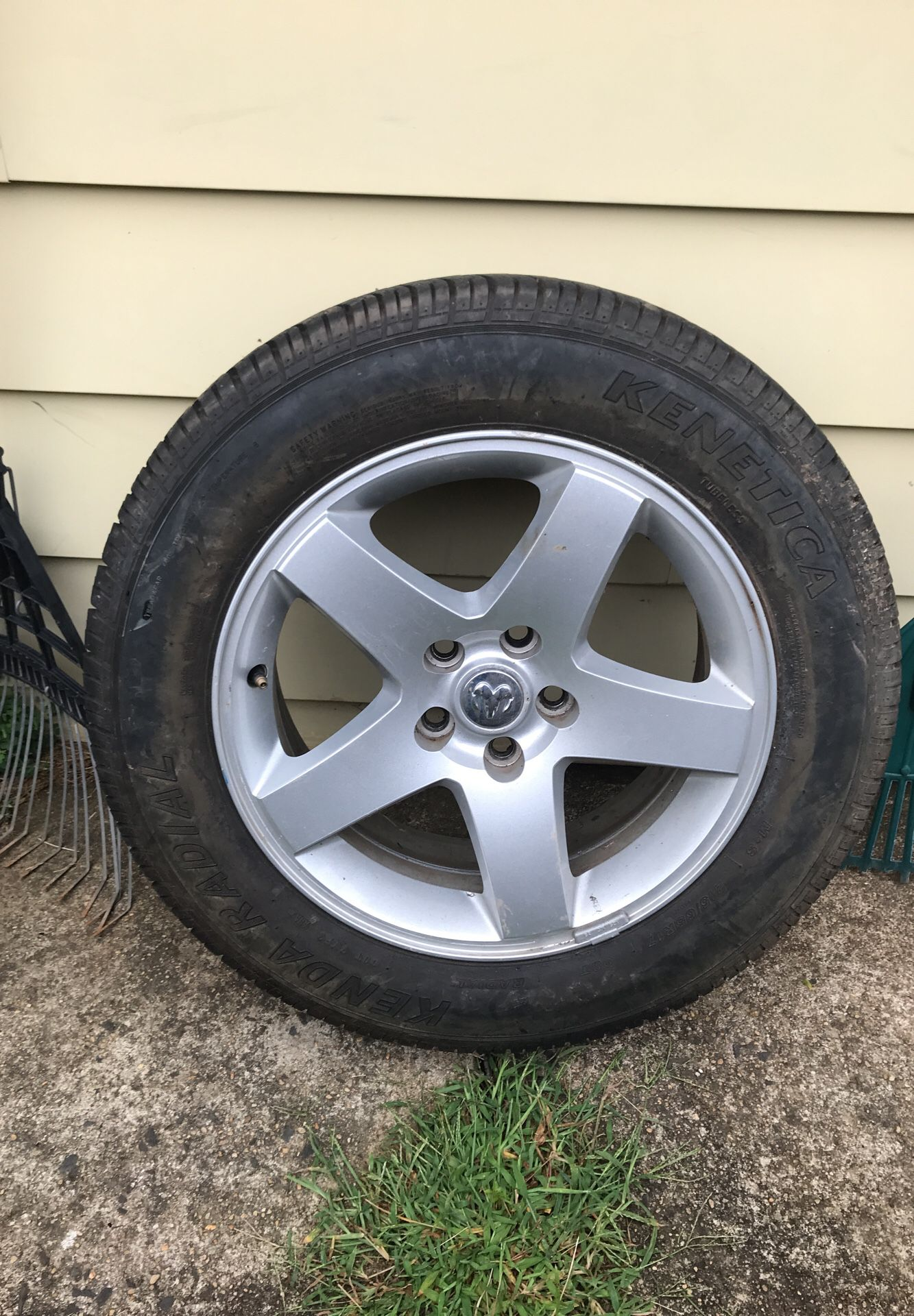 Tire 4 sale in very good condition