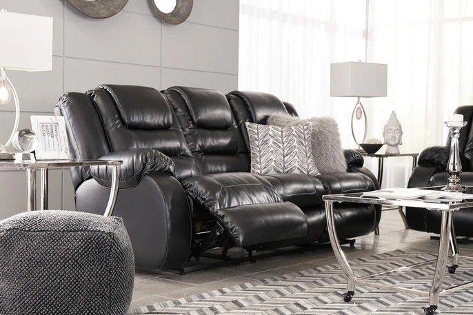 🍹İn Stock🍒SPC.Vacherie Black Reclining Living Room Set  byAshley