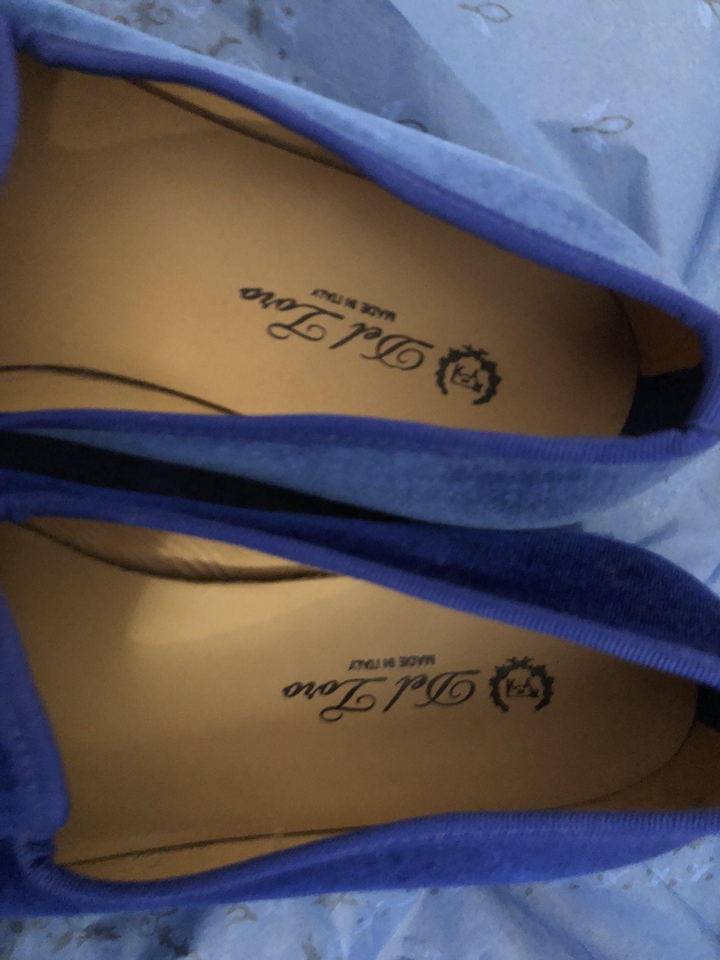 Del Toro Blue Velvet Skull & Bone Slipper (Size 10 1/2)