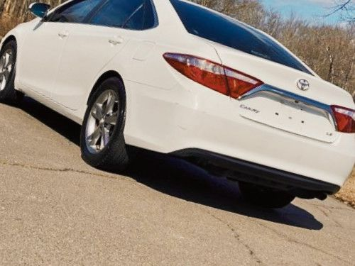 Nothing\Wrong. 2015 Toyota Camry LE FWDWheelsss