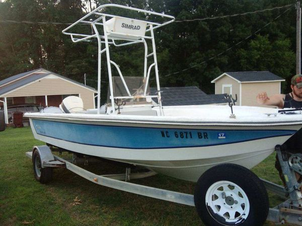 1988 18ft center console cobia. with a 90hph johnson motor the whole boat has been restored new ster