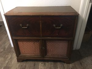 Zenith record player console table for Sale in Austin, TX
