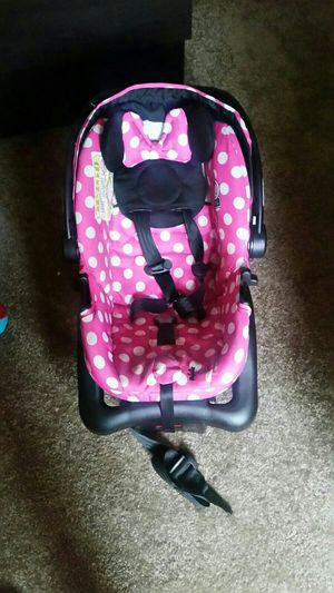 Minnie Mouse Infant Car Seat And Bouncer For Sale In Brighton CO