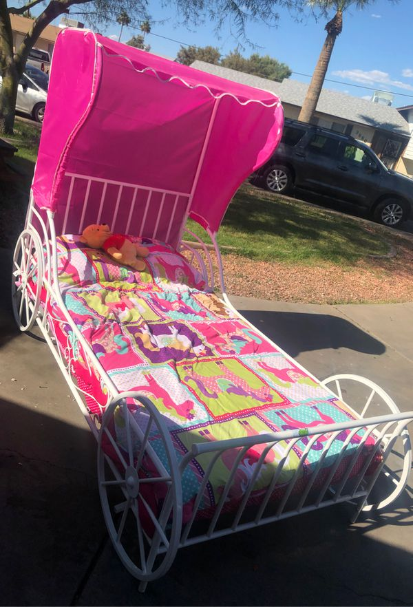 Kids Twin Bed With Bed Set Included For Sale In Glendale