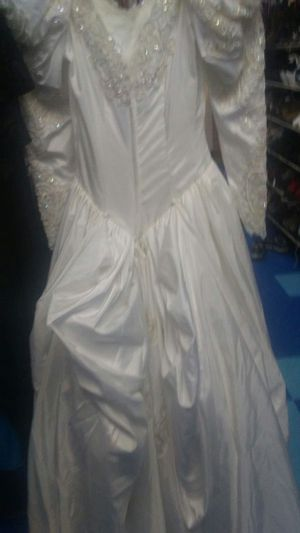 New And Used Wedding Dress For Sale In Green Bay Wi Offerup