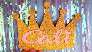 Crown Cake Topper! for Sale in Los Angeles, CA