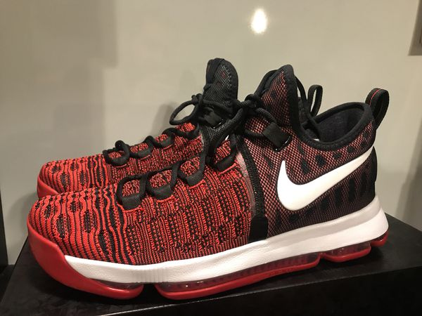 cheap for discount a3fa9 90348 Nike Zoom KD 9 Size 10 for Sale in Los Angeles, CA - OfferUp