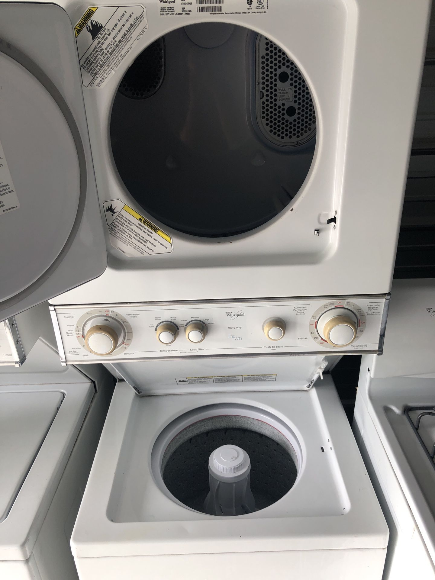 Whirpool Electric Laundry Center 220v