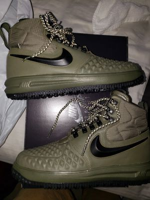 Nike lunar duck boots green for Sale in Chesterfield, VA