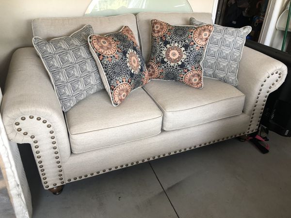 Fine New And Used Sleeper Sofa For Sale In Deltona Fl Offerup Short Links Chair Design For Home Short Linksinfo
