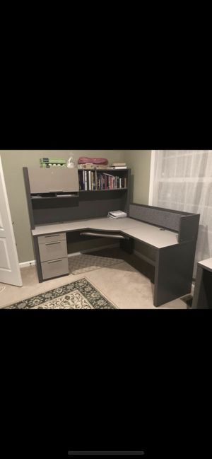 Desk for Sale in Gainesville, VA