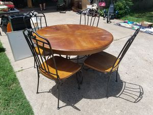 Oak table and 4 chairs for sale  Bartlesville, OK