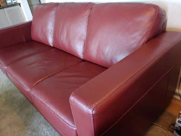 Beautiful Burgundy Red Leather sofa from Hayek Leather Furniture, like new,  make offer for Sale in Woodway, WA - OfferUp