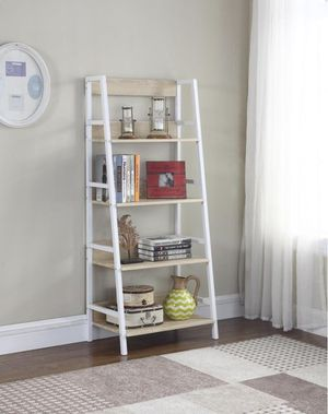 LADDER BOOKCASE WEATHERED NATURAL for Sale in Miramar, FL