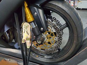 2014 Kawasaki Ninja ZX-10R, Pristine, TONS of upgrades Thumbnail