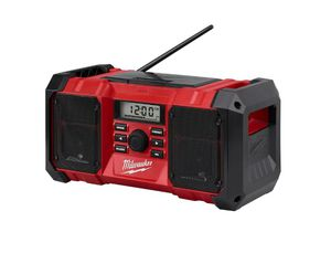 Photo MILWAUKEE M18 JOBSITE RADIO AND BLUETOOTH.........TOOL ONLY........BRAND NEW......