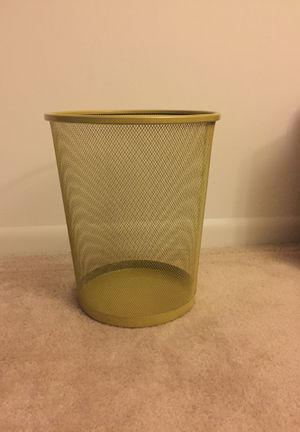 Trash Can - Metal for Sale in Sudley Springs, VA