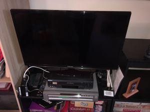 Samsung Smart LED TV 32 inch for Sale in Arlington, VA
