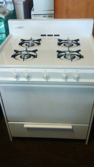 White Gas Stove.. Need's Home Today.. for Sale in Baltimore, MD