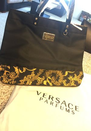 24d30d82effd Chino Hills, CA. Brand new authentic large Versace perfume bag, check out  my other purses: Michael Kors