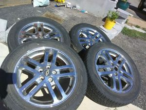 """16"""" wheels and tires Chevrolet Cavalier for Sale in Rolla, MO"""