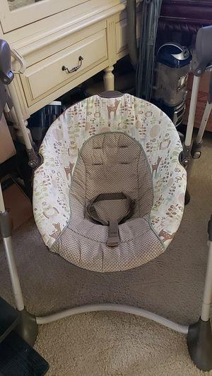 Graco Baby Swing. for Sale in Leesburg, VA