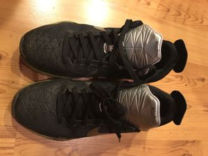 Kobe 10s 6Y Only $25 for Sale in Tacoma, WA