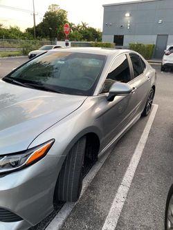 2018 Toyota Camry Thumbnail
