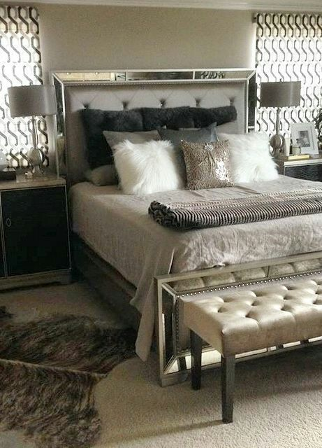 Remarkable Brand New Queen Ava Mirrored Luxury Bed Set For Sale In Alameda Ca Offerup Interior Design Ideas Tzicisoteloinfo