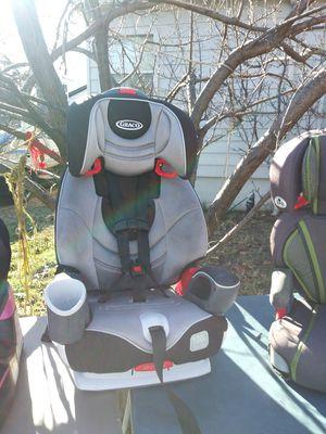 Car seat 3 in 1 graco brand for Sale in Dallas, TX