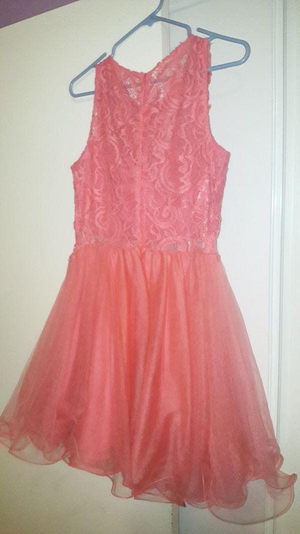 Vestido de dama para 15 añera color rosa coral $15 (Clothing & Shoes ...