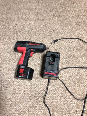 Drill snap on 3/8 battery V12 for Sale in Silver Spring, MD
